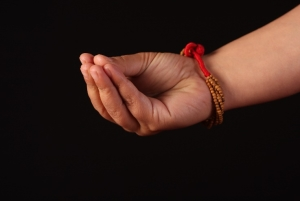 Using Mudras in Cancer Recovery | Integrative Cancer Review