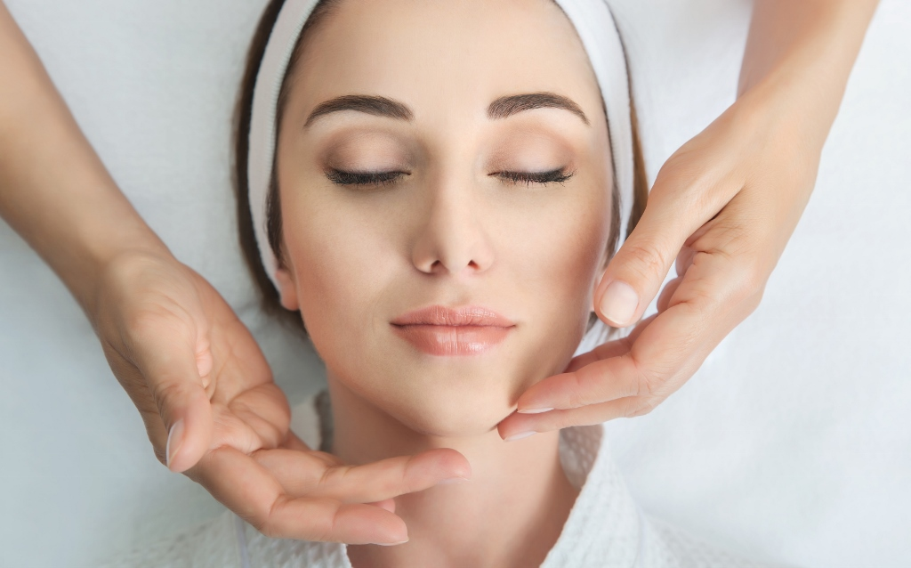Training Skin Care Professionals To Work With Cancer